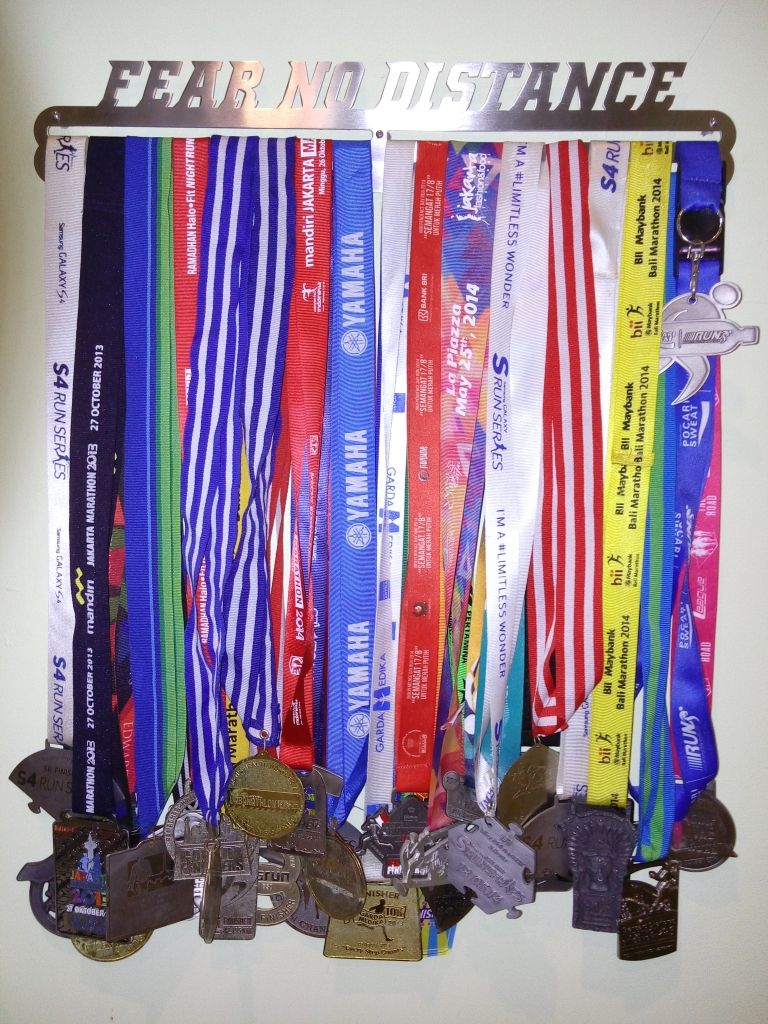 MEDAL_HANGER_FEAR_NO_DISTANCE