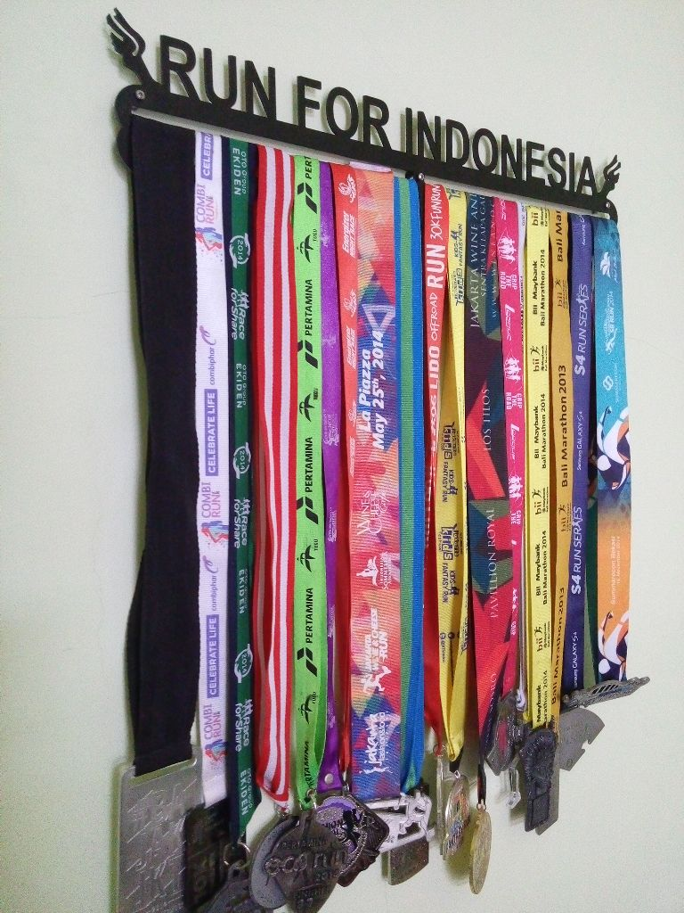 MEDAL HANGER - RUN FOR INDONESIA - RFI